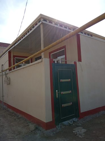 Bakı şəhərində Çox tecili 2 Otağli heyet evi Satılır Bineqedi Qesebesinde