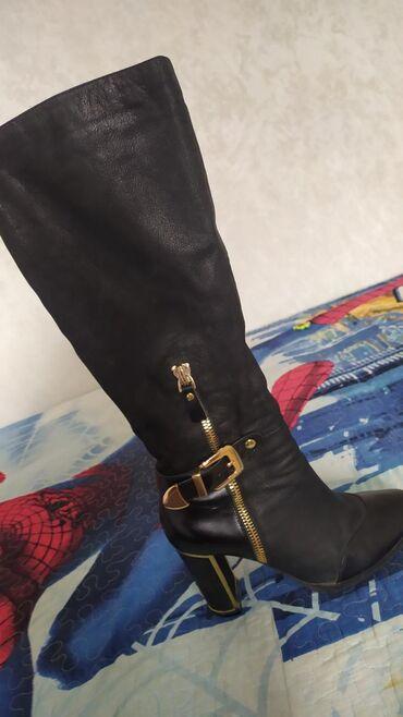 Туфли 39 размер состаяние норм продаю за 300 сом