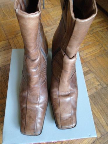 Čizmice od jače i kvalitetne kože, braon boje, broj 39. Stanje kao - Belgrade