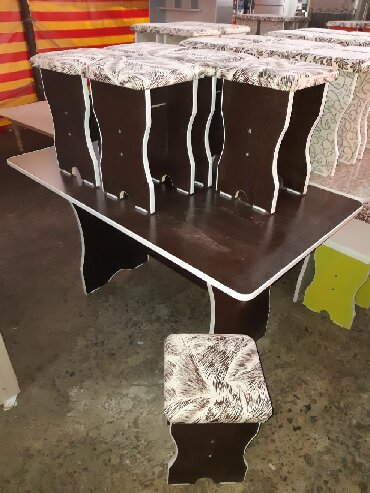 стол на кухню раскладной в Кыргызстан: Стол 6шт табуретка 4500 по городу доставка бесплатно стол 4шт табур