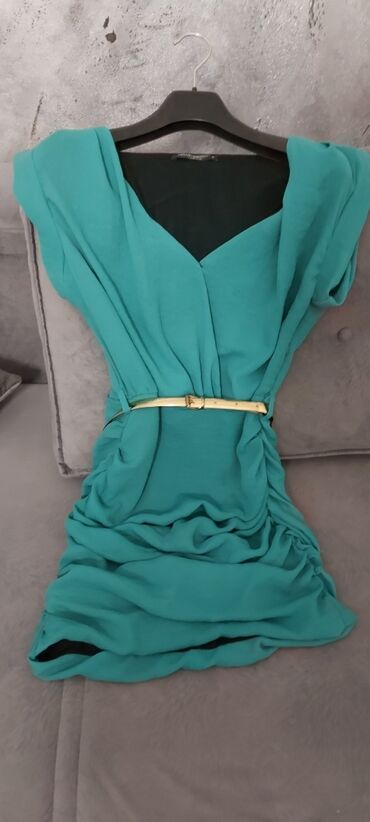 Haljina,kupljena od sanera-italijanska,placena dosta,kao nova,jednom