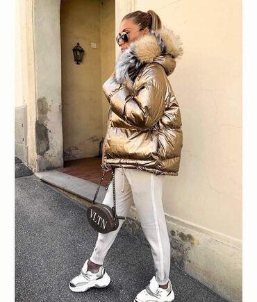 Prelepe tople jakne sa bujnim krznom na kapuljaci akcija