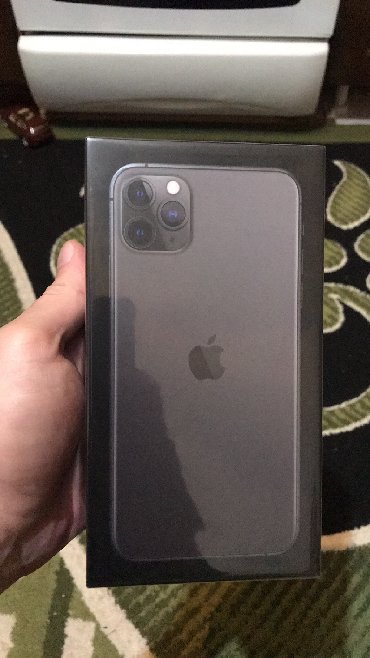 Iphone 11 pro max space gray. resmi apple storeden alinib. agzi bagli