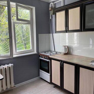 продаю 1 комнатную квартиру в бишкеке в Кыргызстан: 104 серия, 1 комната, 30 кв. м