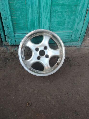 диски на матиз цена в Кыргызстан: Продам диски R15 в хорошем состоянии, подходят на митсубиси галант