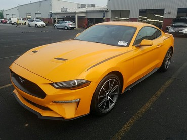 Ford Mustang 2.3 l. 2018 | 14797 km