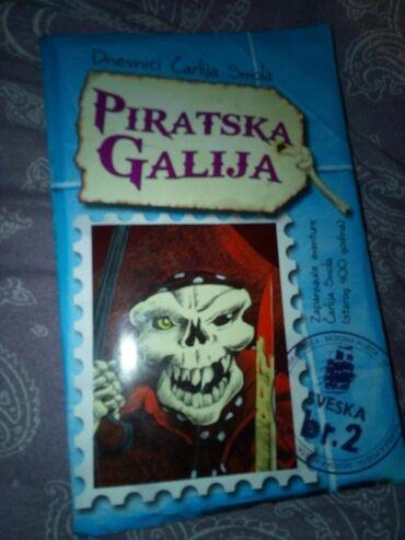 Pre - Srbija: Piratska galija, decja knjiga, ocuvana, moguce licno preuzimanje u Bg