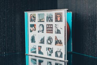 Knjige, časopisi, CD i DVD | Nis: Bon Jovi- Crush album CD ocuvan, ispravan