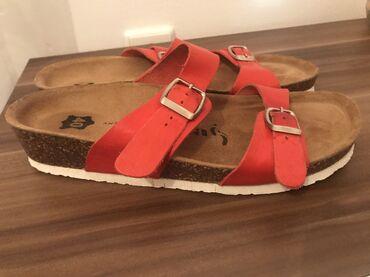 Nove kozne Una papuče, broj 42