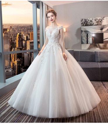 Свадебное платье Новое на Продажу размер 44-46-48