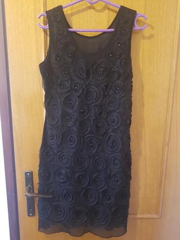 Crna haljina,prijatnog materijala,nosena samo jednom,ima postavu sa - Novi Sad