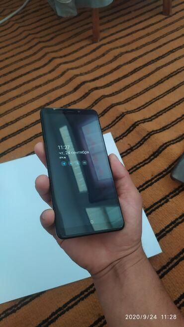 Г. Ош Samsung Galaxy A9. Память 128гб Оперативная память 6 Состояние и