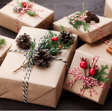 сладкие новогодние подарки в Кыргызстан: Упаковка любой сложности звоните на новый год могу приходит, нсли у