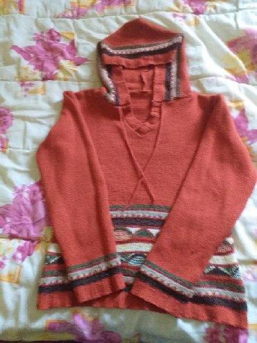 Dečija odeća i obuća - Becej: Džemper za devojčice,malo nošen,kvalitetan