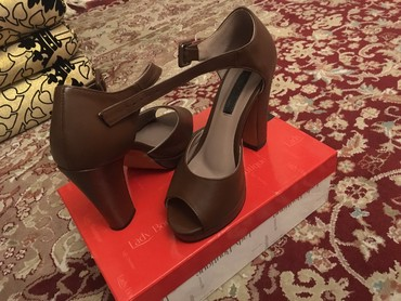 Женские туфли в Мирзо Ризо - фото 2