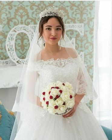 свадебное платье футляр в Кыргызстан: Свадебное платье Новое на Продажу размер 44/46