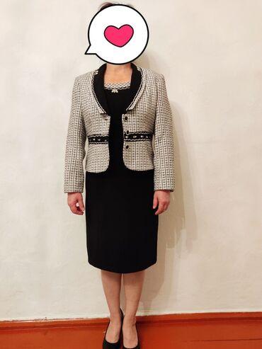 женские платья из твида в Кыргызстан: Двойка отличного качества!Платье+пиджакНосила всего 2 раза на