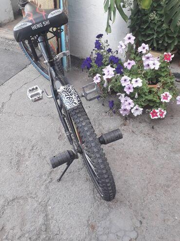 Спорт и хобби - Кара-Балта: Продаю велосипед bmx состояние хорошее
