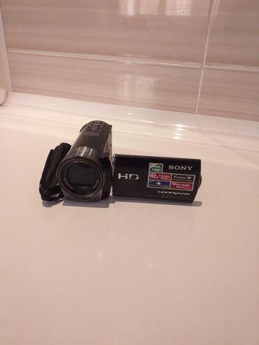 Видео камера в отличном состояние продаю срочно!!!