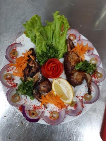 Работа в Аджигабул: Yalniz milli metbex ucun muraciet edin tava yemekleri ve pervi yemekle