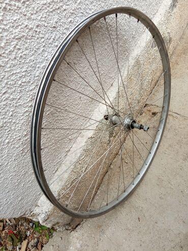 Задний колесо от туриста состояние хорошое алюминевый цена 600сом