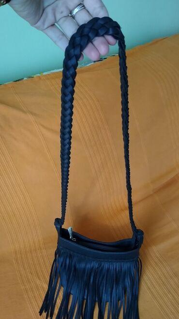Bez torbica - Srbija: Mala boho torbica, duzina 40cm. Kao nova. Bez ikakvih ostecenja. Svi r