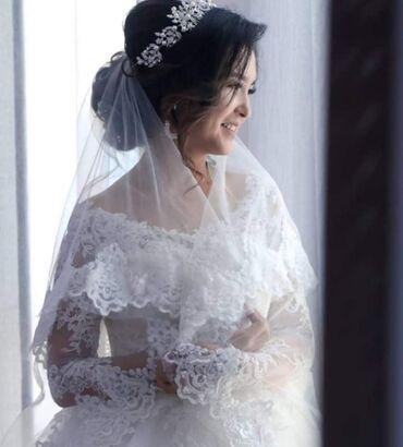 Женская одежда - Теплоключенка: Продаётся свадебная платья.Состояние отличное одевала только один