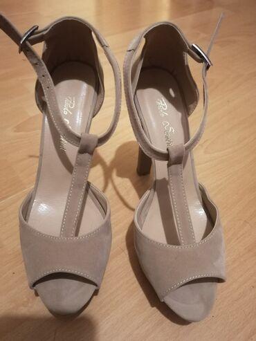 Ženska obuća | Crvenka: Sandale, jednom obuvene, udobne uprkos velikoj stikli, br 37