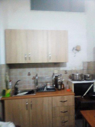 ,Διαμέρισμα ισόγειο στο κέντρο 38τμ έχει πατάρι μπάνιο κουζίνα και ένα