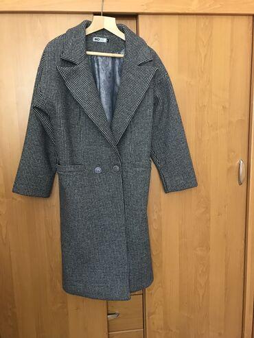 жен пальто в Кыргызстан: Продаю осенние пальто р 44 новое