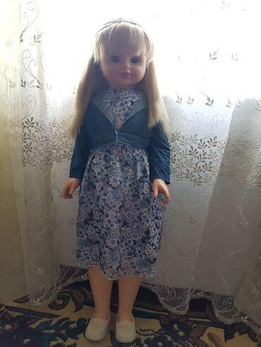 Продаётся кукла,в хорошем состоянии. 5000 сом если купите 2 куклы в