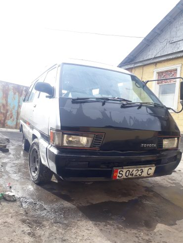 Toyota Town Ace 1988 в Бишкек
