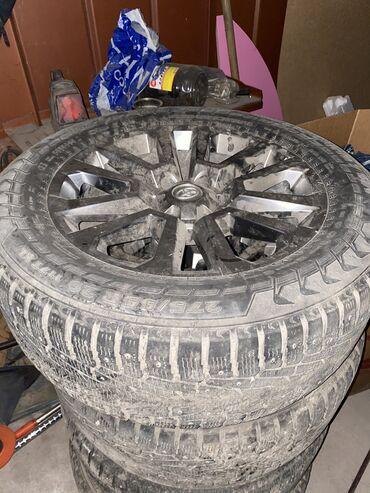 купить железные диски r16 в Кыргызстан: Диски R20, 4runner, с зимней резиной. Извиняемся что не мытые. В хор