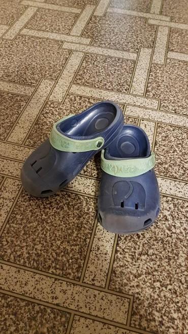 женские шлепки в Кыргызстан: Детские резиновые сандалии-шлепки. Б/у