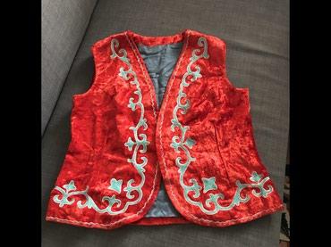 жилет национальный в Кыргызстан: Национальная винтажная жилетка, размер L, ручная вышивка, натуральный