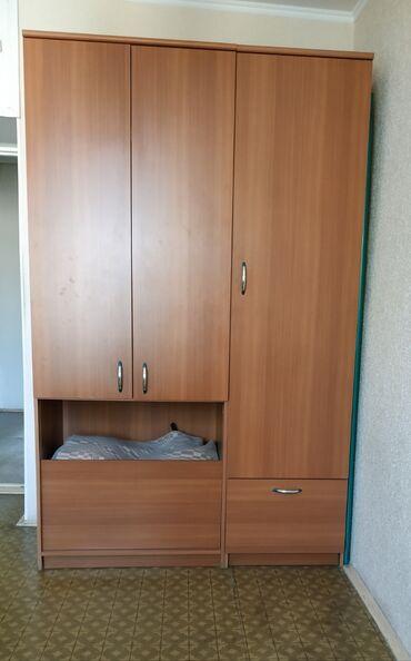 1190 объявлений: 2 шкафа. В отличном состоянии. Очень вместительные. В шкафы можно