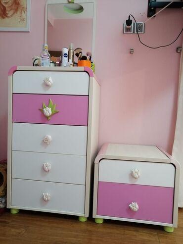 Кровать с ящиками трюмо, зеркало шифоньер, письменный стол, тумбоч