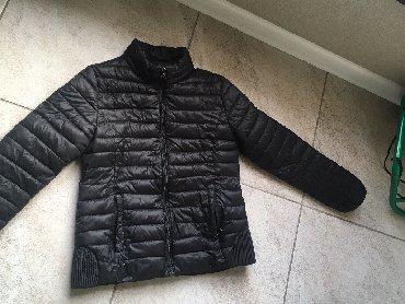 Личные вещи в Баетов: Весенняя куртка размер s в хорошем состоянии