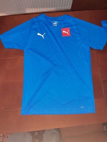 Originalna oprema za fudbal, vrhunskog kvaliteta, velicine S 44/46