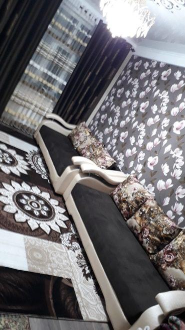вязанные наволочки на диванные подушки в Кыргызстан: Срочно продаю диван 2х спальный раздвижной покупали 17000т почти новый