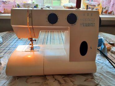 Турецкая электрическая швейная машинка фирмы Simba. В идеальном состоя