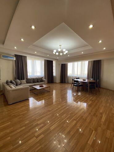 продаю 3 х комнатную квартиру в бишкеке в Кыргызстан: 3 комнаты, 137 кв. м