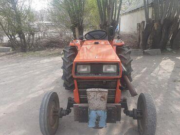 купить трактор т 25 бу в Кыргызстан: Продаю трактор японский хиномото трёх цилиндров 25 из подвесных