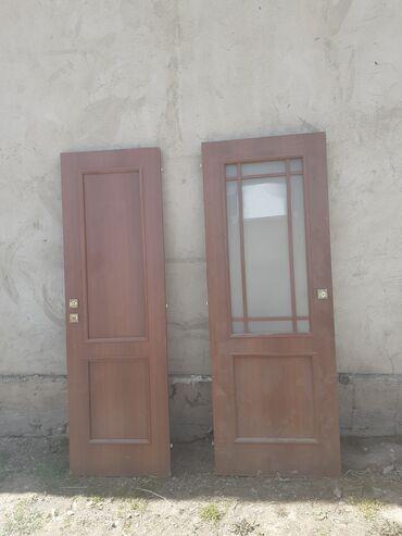 Работа - Тюп: Прадаются Двери 1шт 2000сСервант 3000сшифонер2000, тумбочка500с