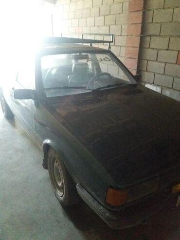 ауди-6 в Кыргызстан: Audi 80 1.6 л. 1982