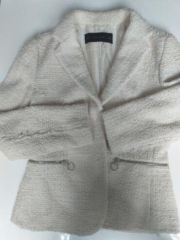Nov sako ili jaknica Zara basic velicine m ali odgovara i s, strukiran