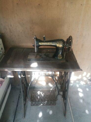 """швейная машинка зингер цена в Кыргызстан: Швейная машинка"""" Зингер """" можно переделать на электрическую"""