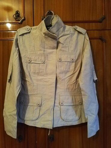 Куртки - Бежевый - Бишкек: Ветровка Размер 40