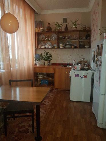 Исанова 1053 - Кыргызстан: Батир сатылат: 3 бөлмө, 51 кв. м
