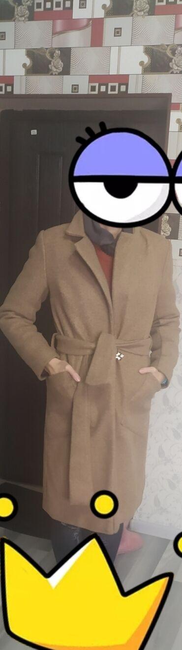 Продаю пальто теплый, легкий, размер 44-47